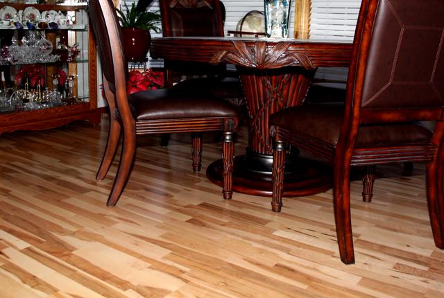 NEW Vanilla Swirl Maple 3 Strip Planks Quick Stepcom